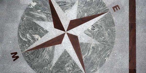 posadzki z kamienia naturalnego granitu marmuru