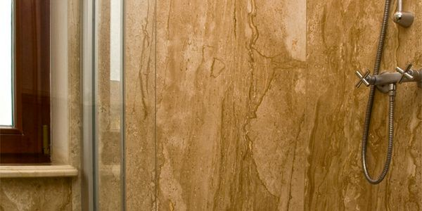 łazienki kamień naturalny granit marmur prysznic
