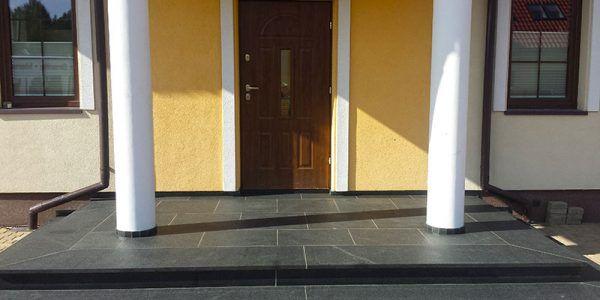 schody zewnętrzne z kamienia