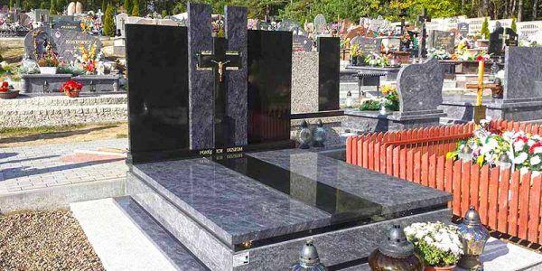 pomniki grób nagrobek z kamienia granitu