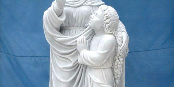 pomniki rzeźby z kamienia naturalnego